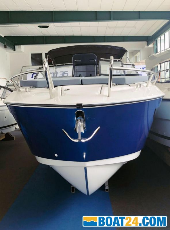 <b>Parker 850 Voyager by Inter Yacht West</b><br/>www.interyachtwest.de<br /> www.facebook.com/interyachtwest<br /> www.instagram.com/interyachtwest