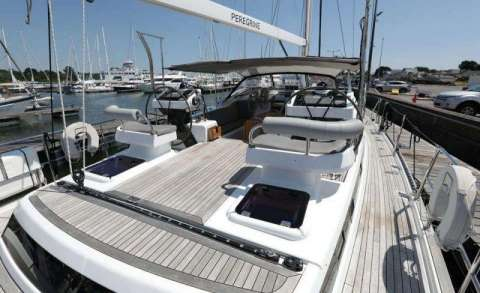 Discovery Yachts Discovery 57