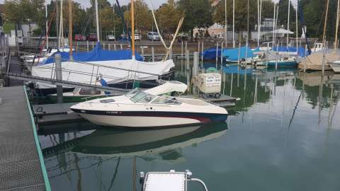 Bluewater Yachts Marque
