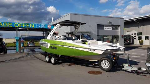 Boat Trailer Mate Malibu Axis A22