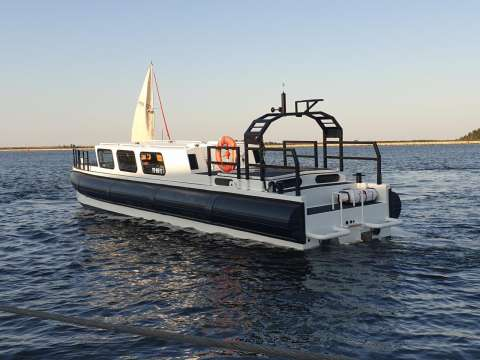 SAR RIBS LONG RANGE CONTAINER FIT BOAT