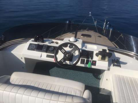 Fairline Sedan 36 Fly