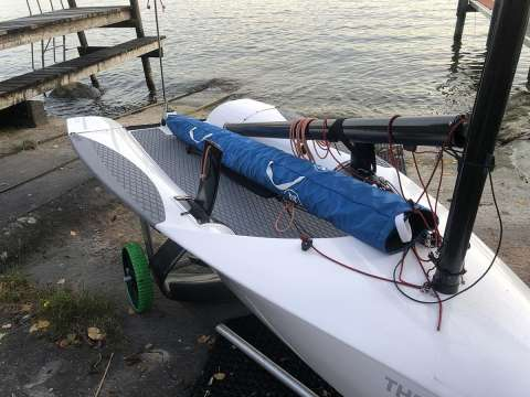 The Foiling Dinghy