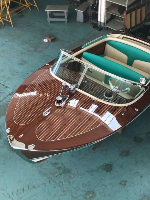 Riva ARISTON NR 324