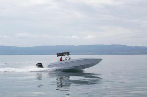 Offshore Performance 810 Open
