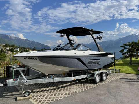 Malibu 22 LSV READY TO DELIVER