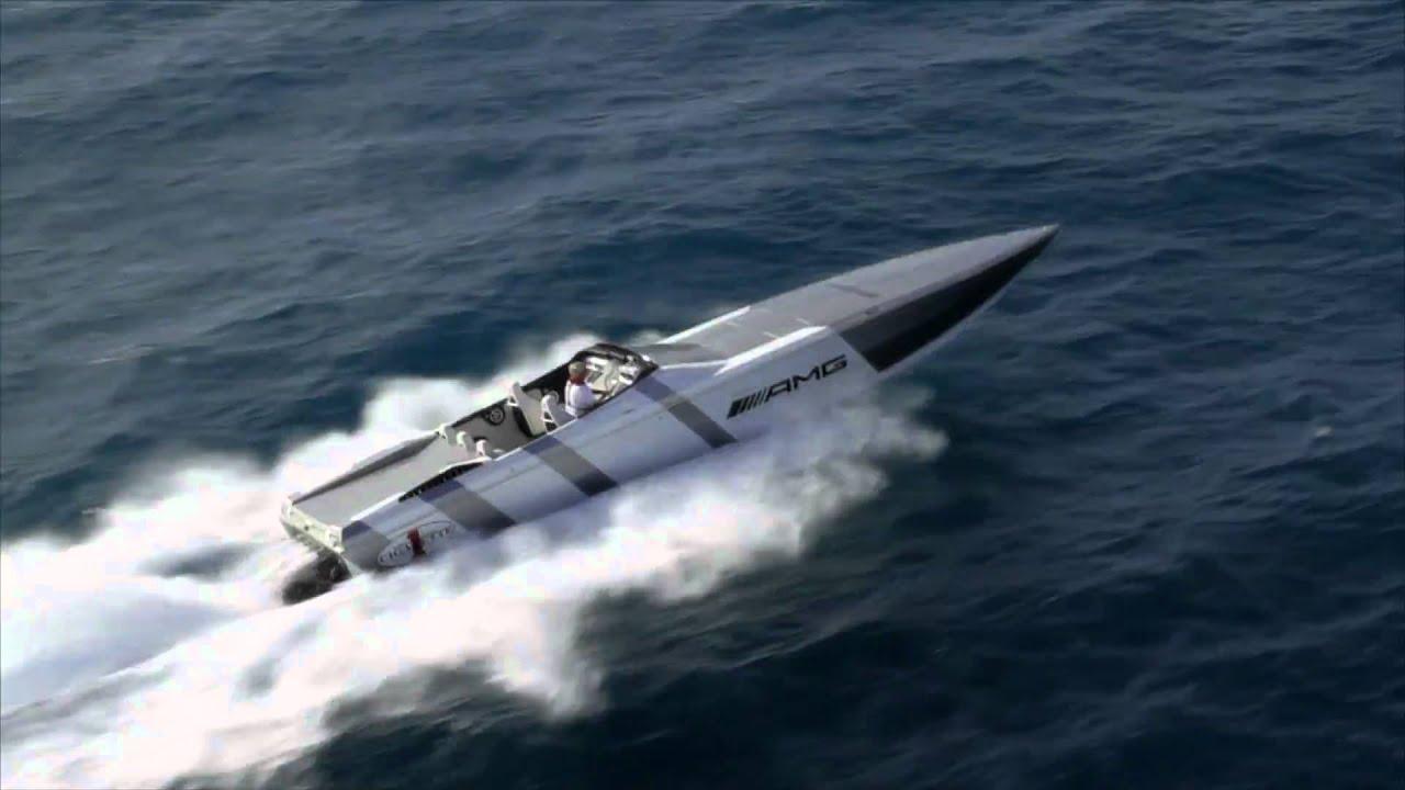 AMG Cigarette Powerboat, 202 km/h