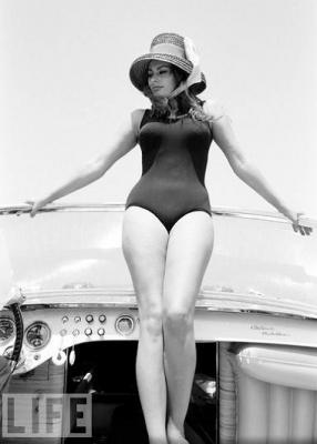 Sophia Loren auf ihrem Riva Runabout