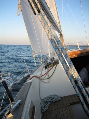 Der richtige Mix aus Pflege und Segeln - ein GfK Boot