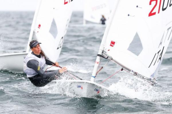 Mit dem Radial-Segel Olympische Klasse bei den Frauen
