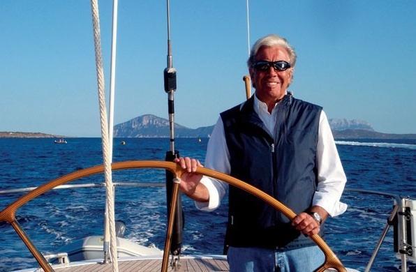 Frers vor einigen Jahren an Bord seines Bootes