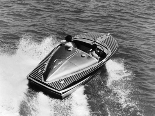 Mit dem Boot heizte Elvis Presley durch die Gegend