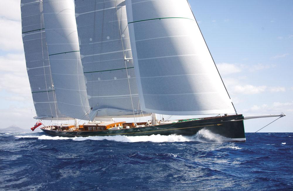 """Die 66,70 m lange 'Hetairos"""" © Baltic Yachts"""