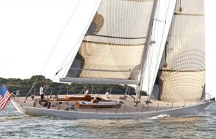 «Heronia» das Boot zum Mast und Kiel
